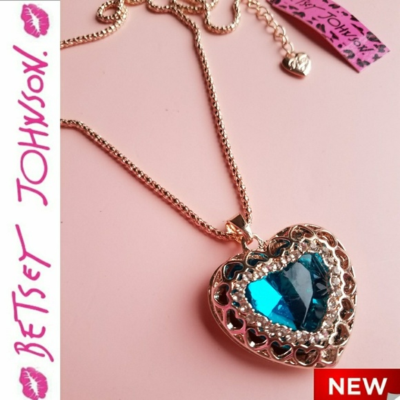 Betsey Johnson Jewelry 2 For 33 Betsey Johnson Heart Necklace